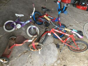 Lot of 4 Children's Bicycles